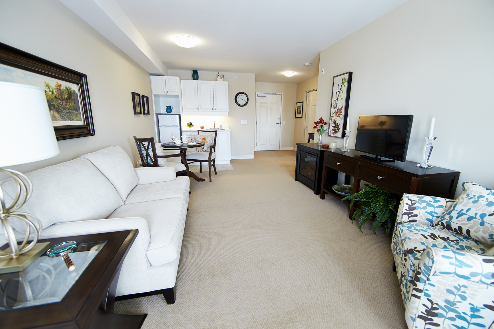 image of a suite at Carolina Retirement Residence in Perth near Ottawa