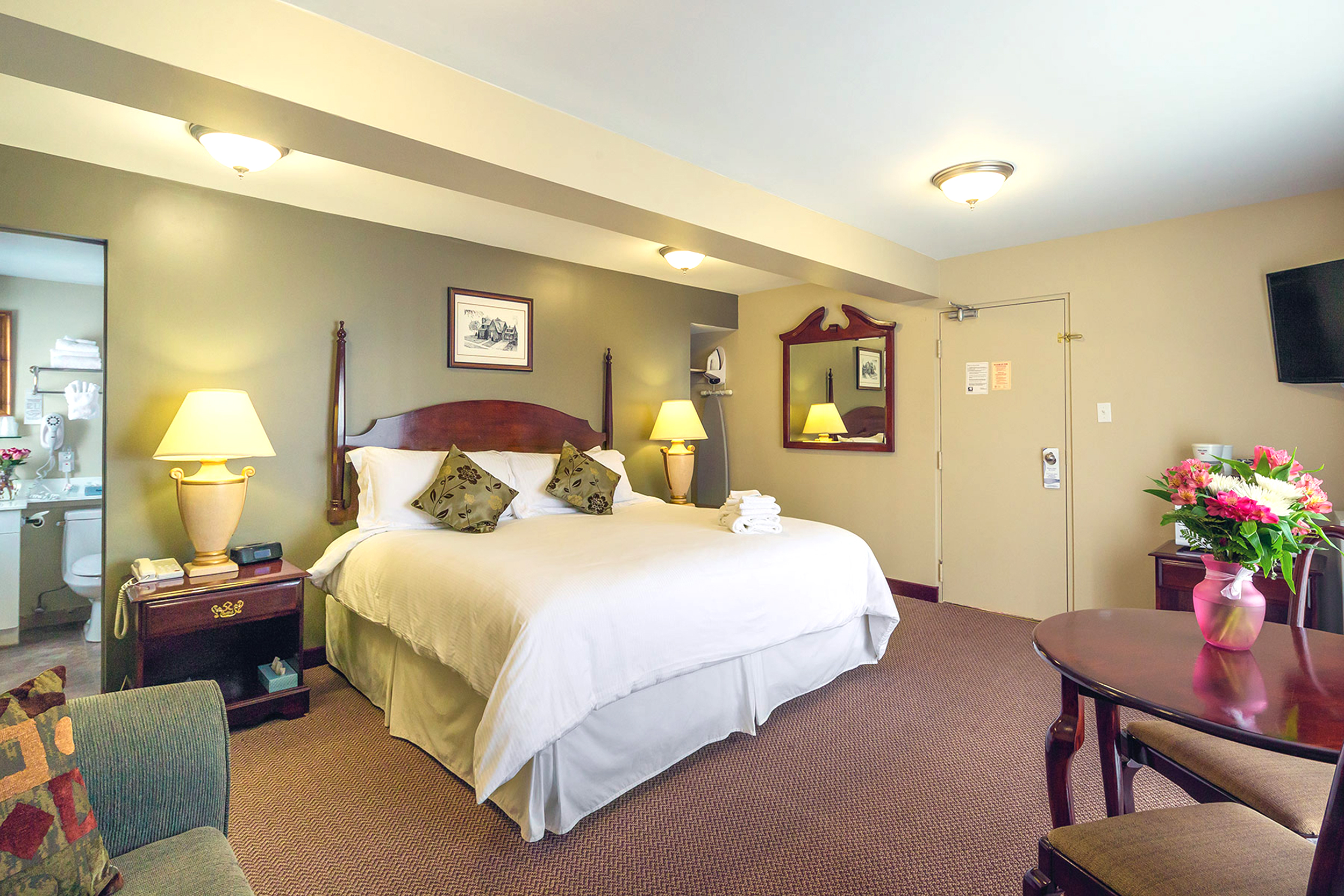Image of a suite at Kawartha Lakes Retirement Residence in Bobcaygeon
