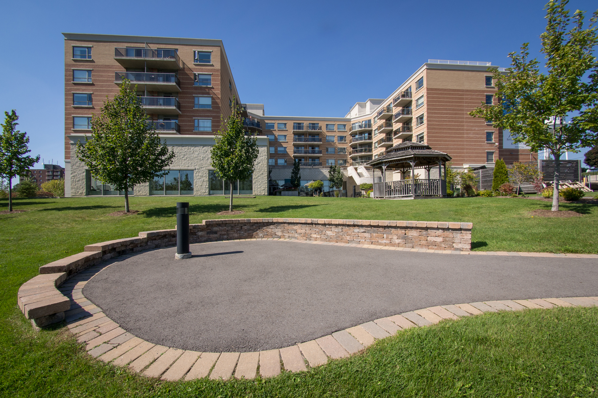 Beautiful garden of Royale Place Retirement Residence in Kingston